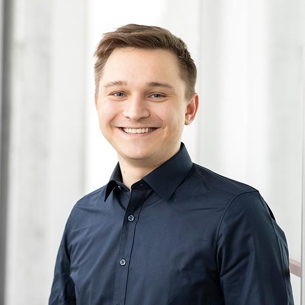 Benedikt Klein at CAY SOLUTIONS