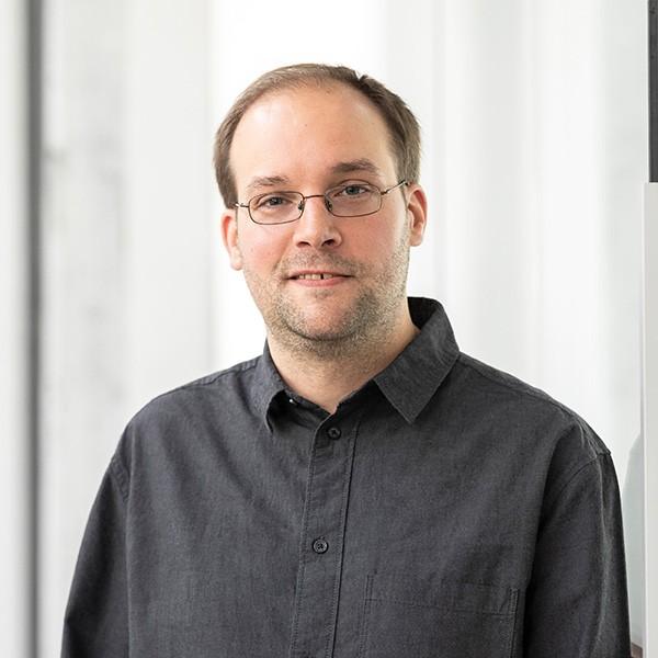 Hendrik Bertram at CAY SOLUTIONS